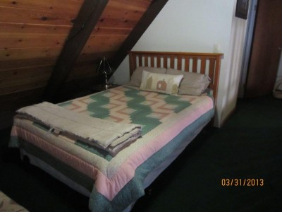 Loft Bedroom w/queen bed